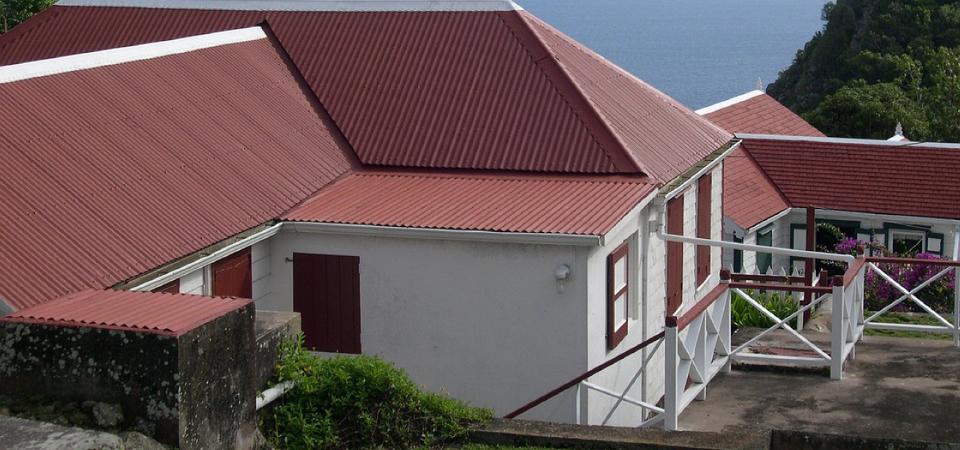 isolation toiture bac acier a travers toit